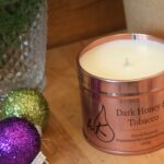 dark-honey-tobacco-luxury-candle-rose-gold-tin